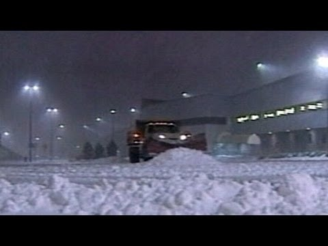 Blizzard Slams Indiana, Moves Toward Northeast: Snow Storm Becoming Nor'easter