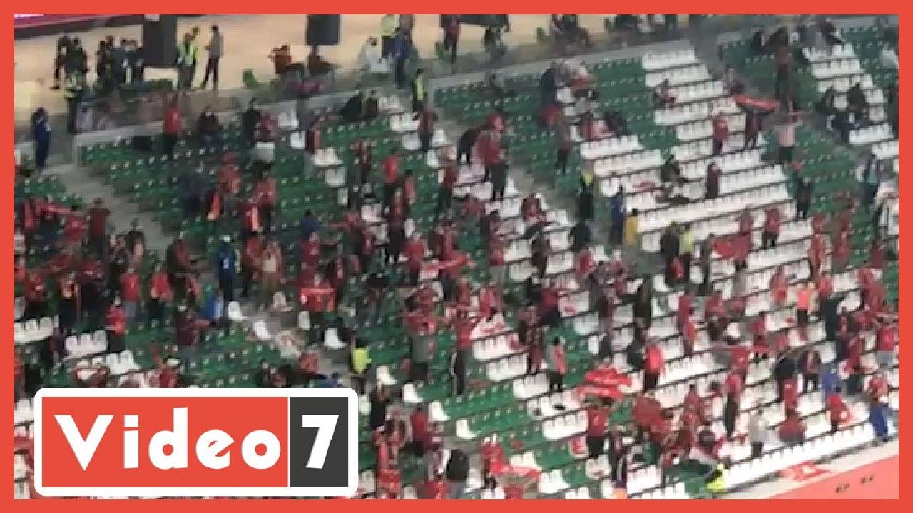 جماهير الأهلى تهتف للاعبين أثناء نهائى المونديال وتحية خاصة للشناوى