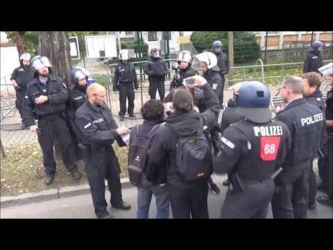 Radikale Kurden attackieren deutsche Polizisten! PKK Kurden Demo in Köln