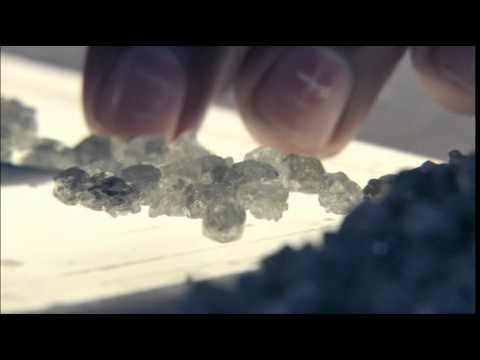 Diamond Sorting - Quality Beyond  the  4Cs | The Forevermark Journey