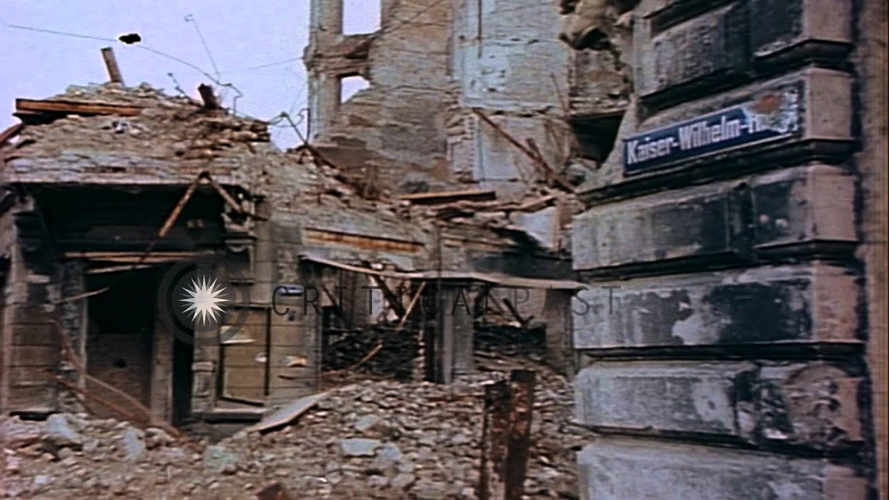 Bombed city of cologne in germany during world war ii for Cities destroyed in ww2