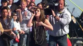 Kelly Clarkson - Full Daytona 500 Performance (HD) - 18-02-07
