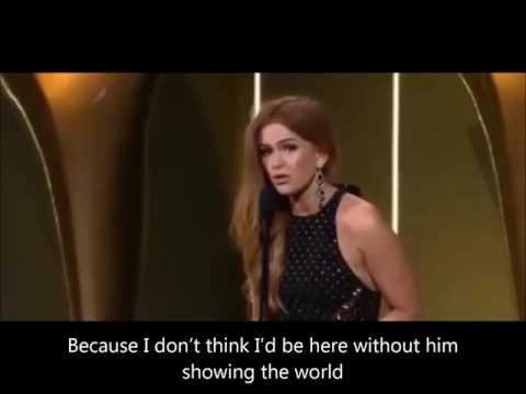 Isla Fisher claiming her AACTA award