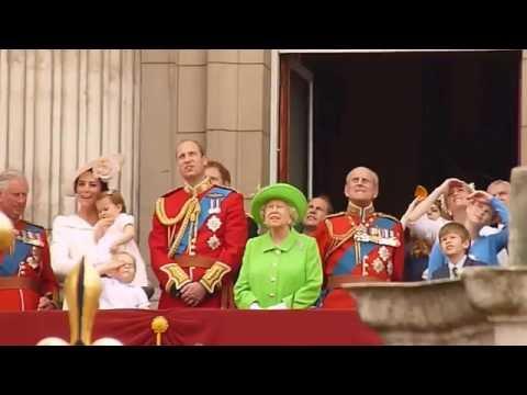 Royal Family on Buckingham Palace balcony