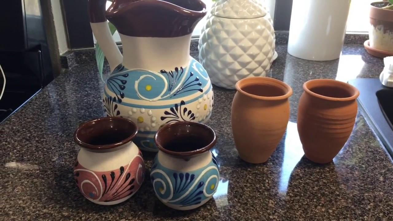 Como curar una jarra o tazas de barro youtube for Decoracion de jardines con jarrones de barro