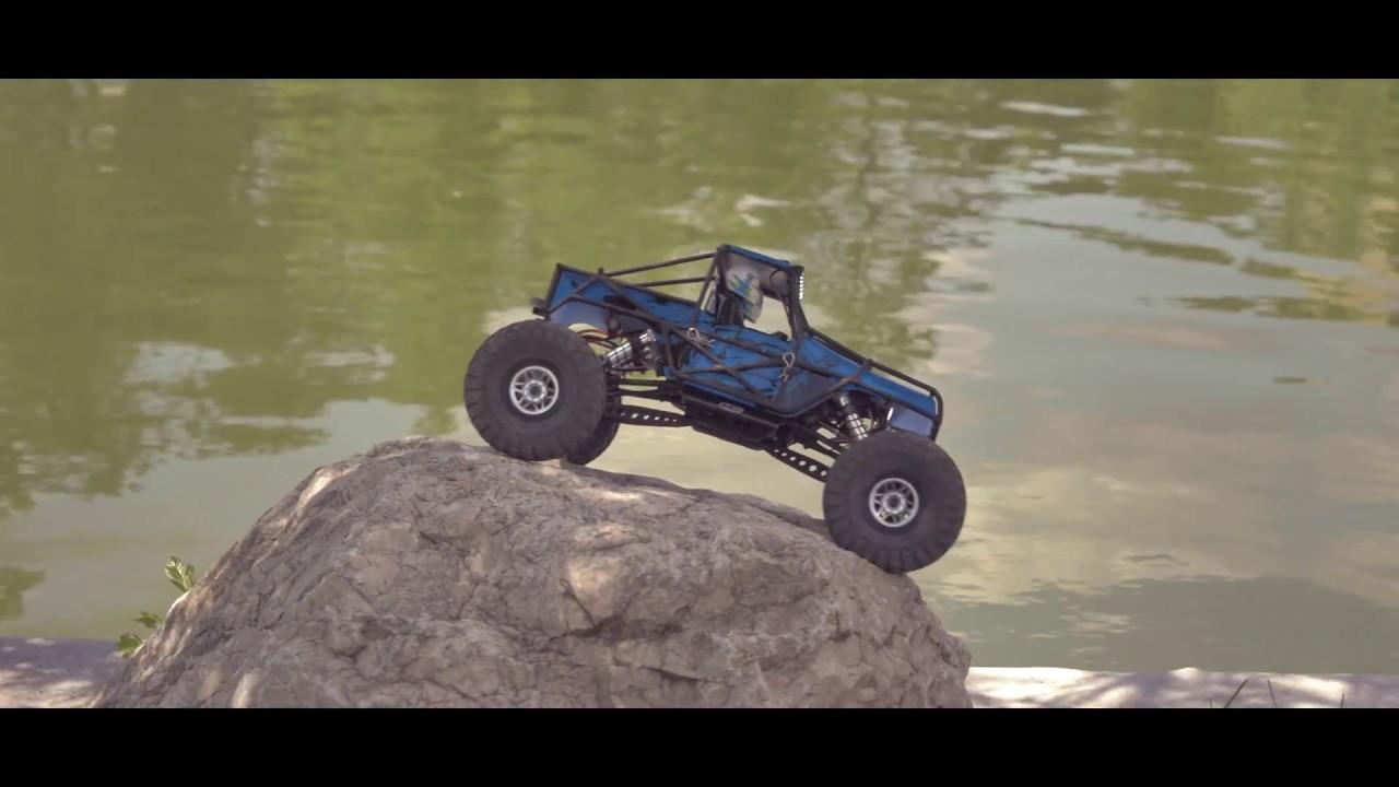 Nightcrawler vs Bomber on the rocks