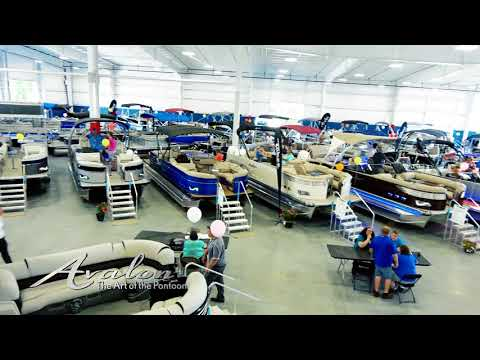 2018 Pontoon Boats CUSTOM COLORS! | Avalon Luxury Pontoon Boats