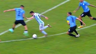 Lionel Messi Dancing while Dribbling Uruguay