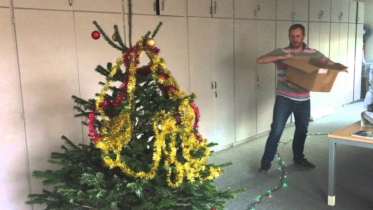 D coration sapin de noel express youtube - Comment decorer son sapin de noel ...