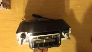 Custom Autosound 1965 Mustang retro Radio