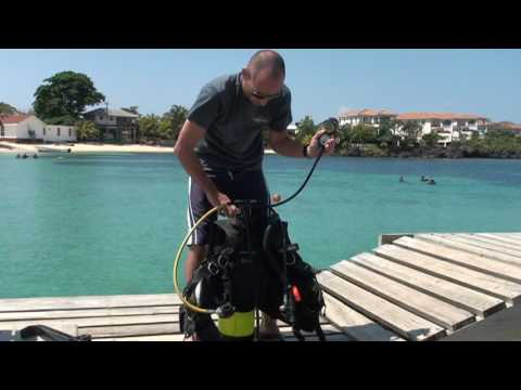 The 20 Basic Scuba skills in the PADI Open Water Diver Course