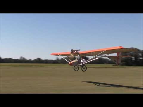 Volmer ultralight flying with Mac Hodges at Hodges field Oct. 2016