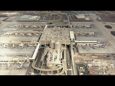 5 TSA agents attacked at Sky Harbor Airport