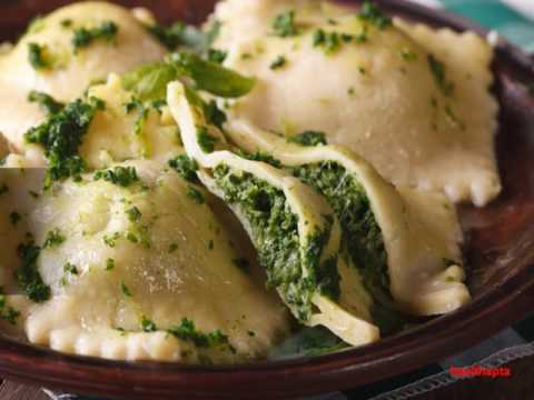 How to make Spinach and Cheese Ravioli