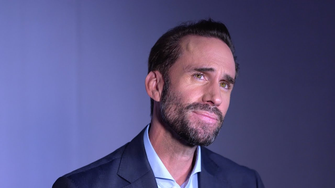 The Handmaid's Tale's Joseph Fiennes on Why He Loved the ...