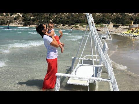 Чешме, Пырланта пляж! Не прогадали с погодой! Калинка-малинка в исполнении Даниэля! Турция!
