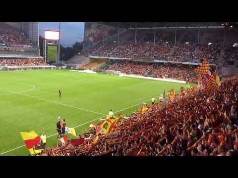 Les Corons, chanté par le stade Bollaert (RCL-CAB 04/08/2013)
