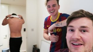 CONOR GETS NAKED FOR THE VLOG