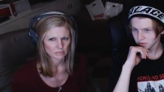 Mom reacts to Chris Travis @KenshinTravis