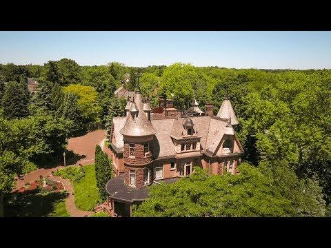 henderson-castle-kalamazoo-mi-bed-&-breakfast-/-fine-dining-/-wedding-&-event-venue-/-winery-/-spa