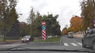 Как производить повороты и развороты на перекрестках.