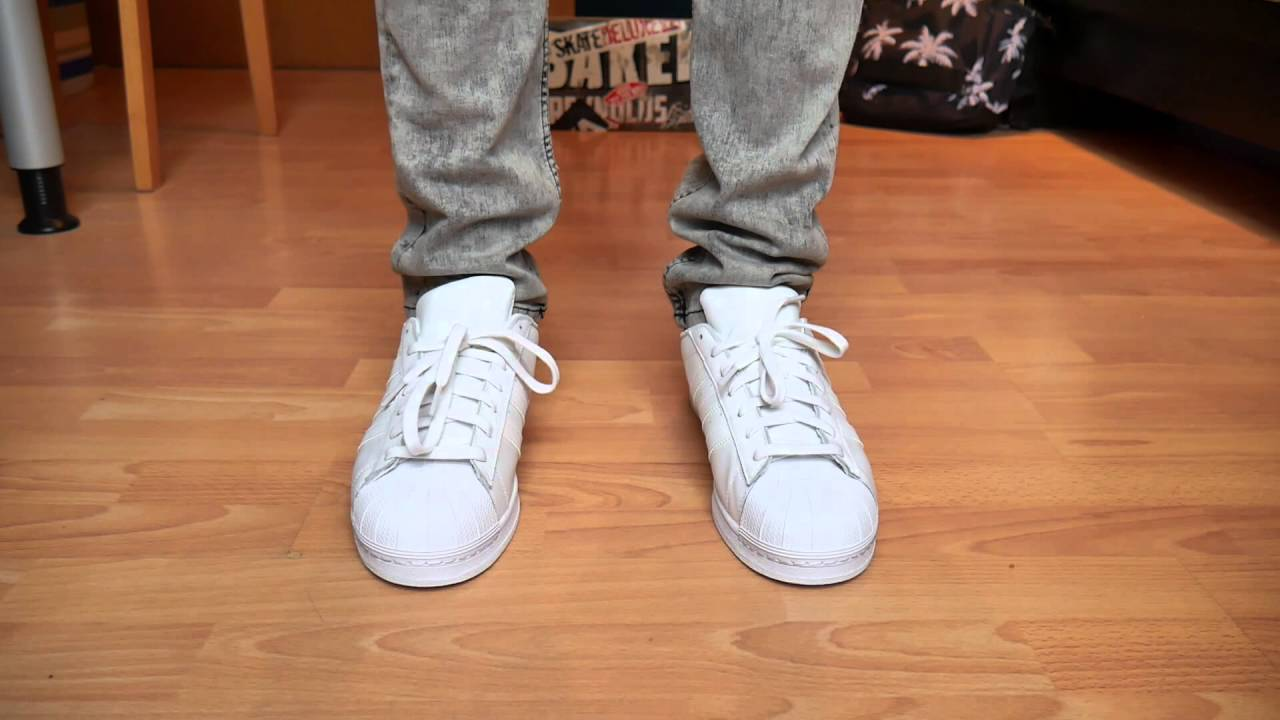 more photos 0c52a 57376 Adidas Superstar ALL WHITE - On Feet