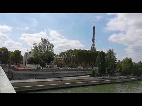 Tour Eiffel La Seine Vue Depuis Le Pont De L Alma Paris