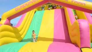 Boucy Castle Fun -super Big Slide - Kids Having Fun Video