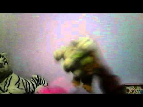one direction la pantera rosa y el tigre blanco y su pandilla cantando what makes you beautiful