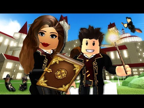 FIRST DAY OF MAGIC SCHOOL! Wizard Life | Roblox Roleplay