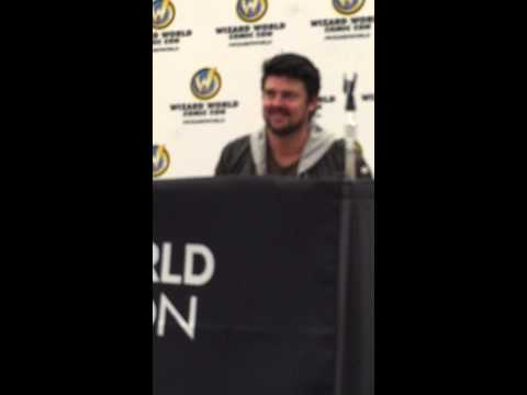 Wizard World Philadelphia 2015 Karl Urban panel