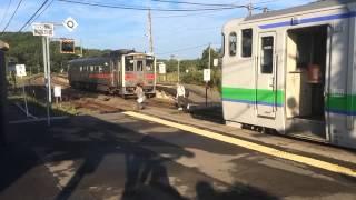 釧網本線塘路駅で国鉄型キハ交換 Tohro Station,Senmoh Line,Hokkaido,Japan