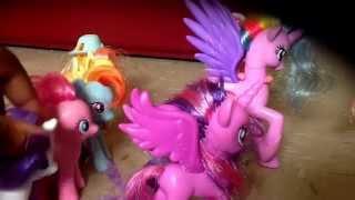 Play Ponies In Town