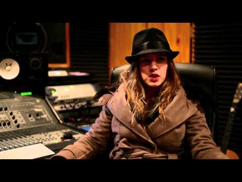 ZZ Ward & DJ Premier working in the studio in NYC