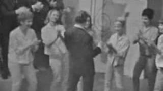 Johnny Hallyday Danser Le Twist ( Clip )