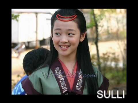 F(x) PRE-DEBUT AND CHILDHOOD PICTURES - YouTube F(x) Amber Pre Debut