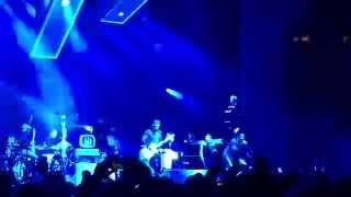 Jack White w/ Q-Tip - Live at MSG - Excursions (A Tribe Called Quest)