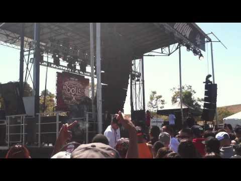 IDGAF/Bitches Aint Shit-YG LIVE 2013