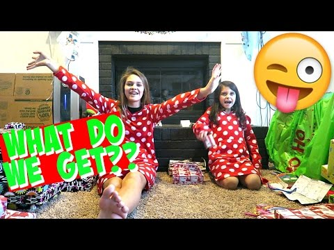 🎁 CHRISTMAS MORNING 2016!!! 🎁 HOW WILL WE DO CHRISTMAS AND MOVE???