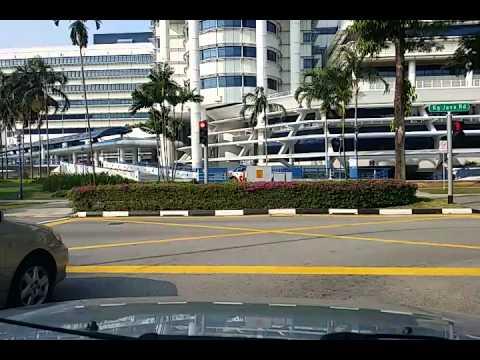 Driver ignoring red light in front of KK Hospital