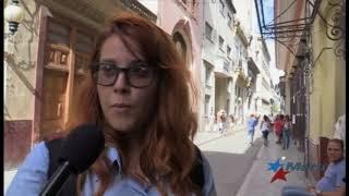 Cubanos reaccionan a iniciativa del gobierno de recaudar dinero para afectados por Irma