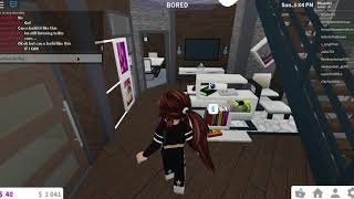 People break into my house while doing a house tour [roblox-bloxburg]