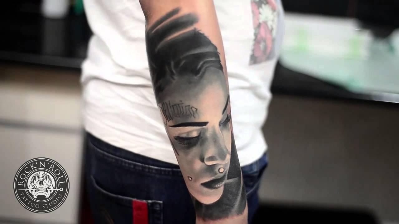 Rocknroll Tattoo And Piercing Alex
