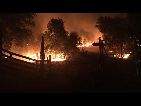 Kincade Fire, PG&E Power Shutoffs, Extreme California winds | 11 pm update