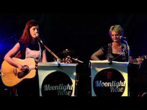 Mr Brightside Acoustic Cover Par Moonlight Rose