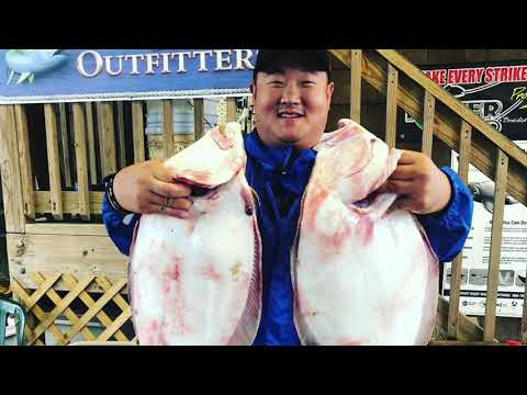 AWESOME FLOUNDER AND SEABASS FISHING
