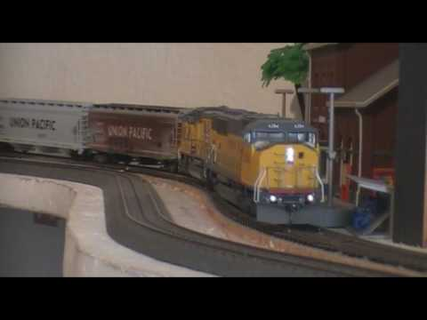 model railroad Athearn Genesis Union Pacific SD60M SD70M Athearn BNSF GP60M rolling stock