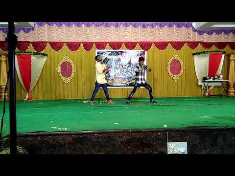 Shashi dance performance in Gayathri degree college jammikunta