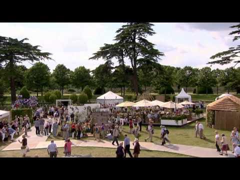 Chelsea Flower Show, London - Unravel Travel TV