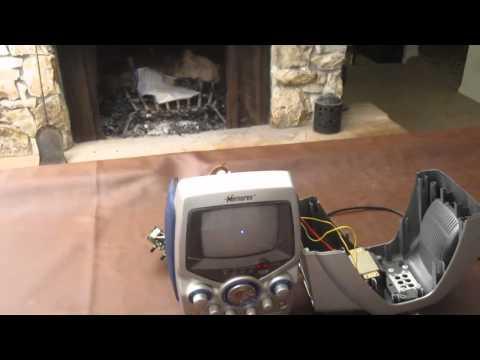 Karaoke Machine Hacked into An Oscilloscope!!! (5.18.11)